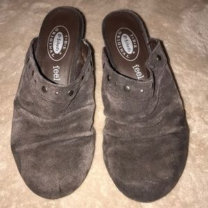 Dr scholl's size 6 brown suede/ leather heel 💕
